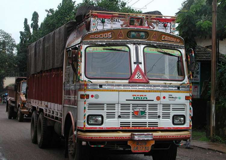 transporters hike truck freight by 15 across india- India Tv