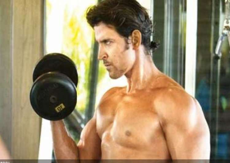 hrithik has successful brain surgery to be discharged soon- India Tv