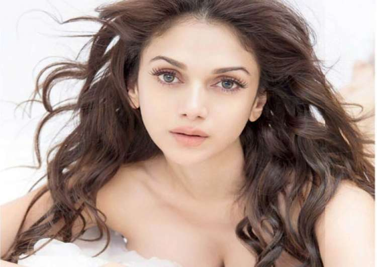 i enjoy shooting masala films aditi rao hydari- India Tv