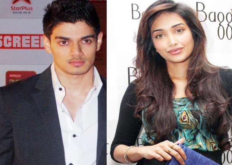 jiah khan hanged herself after phone call from boyfriend- India Tv