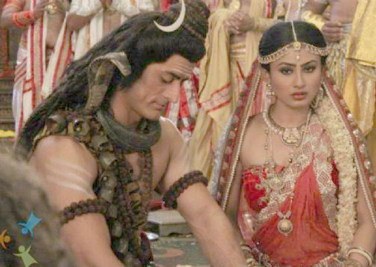 mahadev mohit raina in love with mouni roy- India Tv