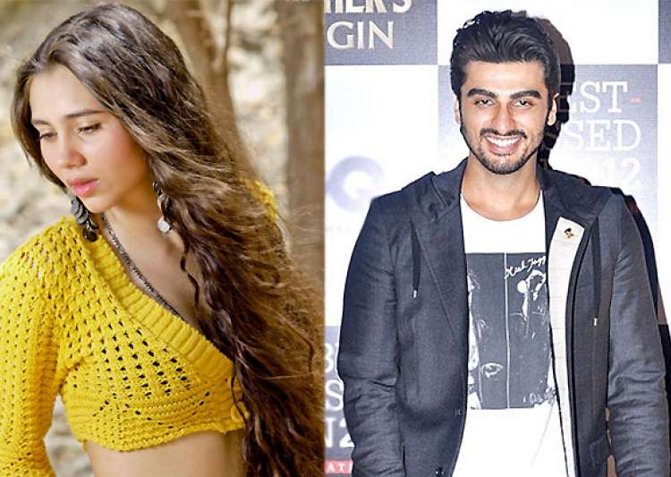 salma agha s daughter to romance arjun kapoor in aurangzeb- India Tv