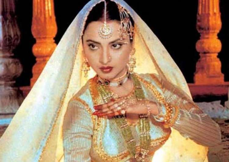 Rekha Still Khubsoorat At 58: A Few Facts About Rekha On Her 58th Birthday