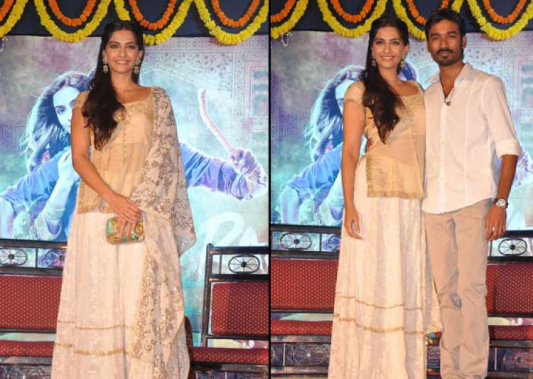 sonam dhanush promote raanjhanaa in mumbai watch pics- India Tv