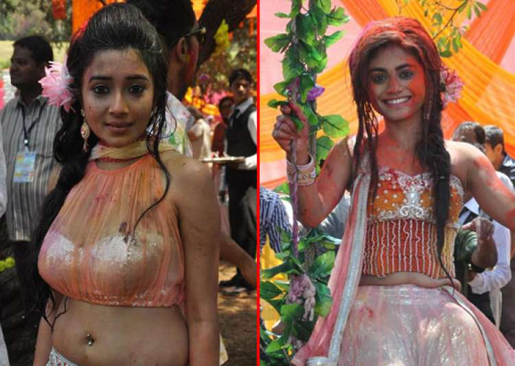 rang de star studded holi bash for colors tv actors view- India Tv