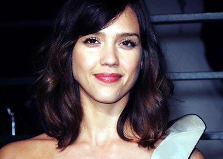 alba senior singles Men, on the other hand are more open to dating younger and older women  if  she is really as hot as jessica alba i doubt she'll have any problems even at.