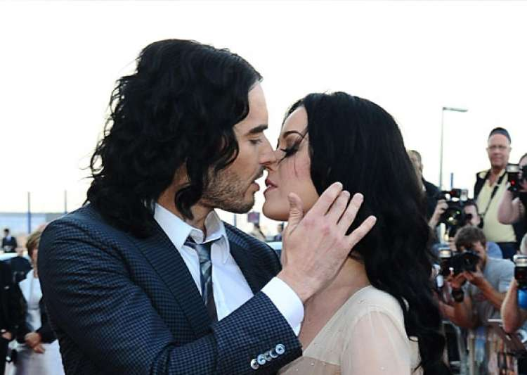 russell brand makes fun of his sex life with ex wife katy- India Tv