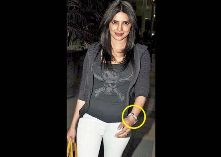 priyanka wears a turkish bracelet to ward off evil eye- India Tv