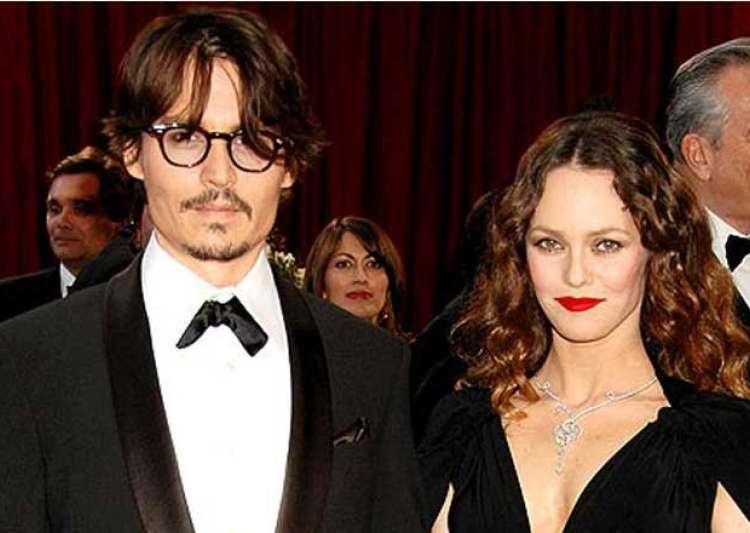 Johnny Depp sells luxury yacht to please wife Vanessa Paradis Breakup