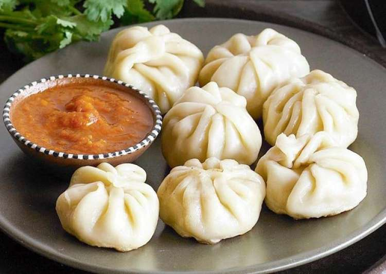 Veg momos recipe | Know hot to make veg momos at home | IndiaTV News