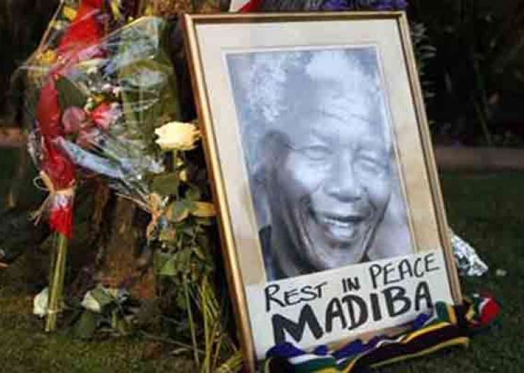 nelson mandela burial planned for december 15- India Tv