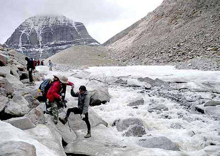 china stops indian kailash mansarovar pilgrims from- India Tv