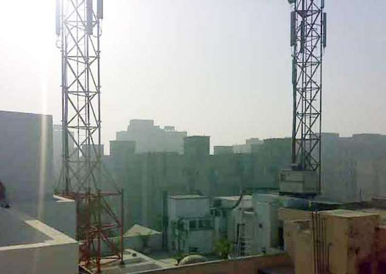 delhi man lost son to cancer due to cellphone towers