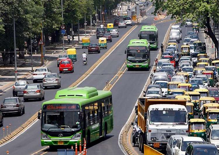 delhi hc orders reopening of brt corridor for all vehicles- India Tv