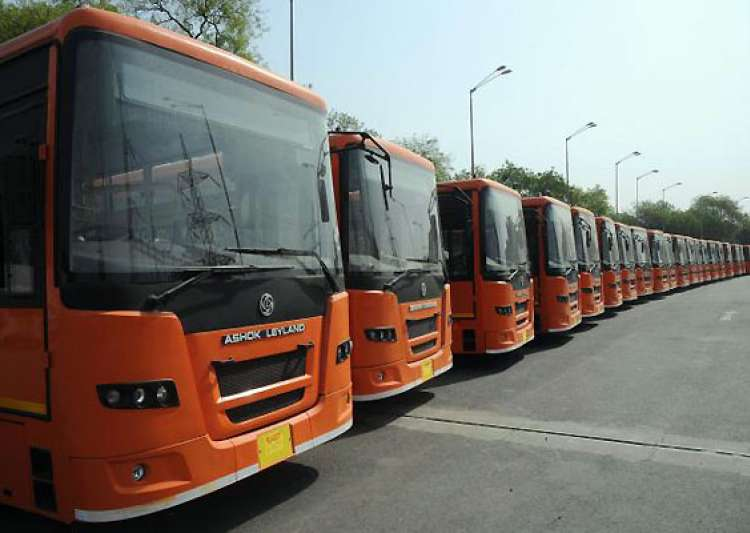 delhi govt to buy 1 100 new buses- India Tv