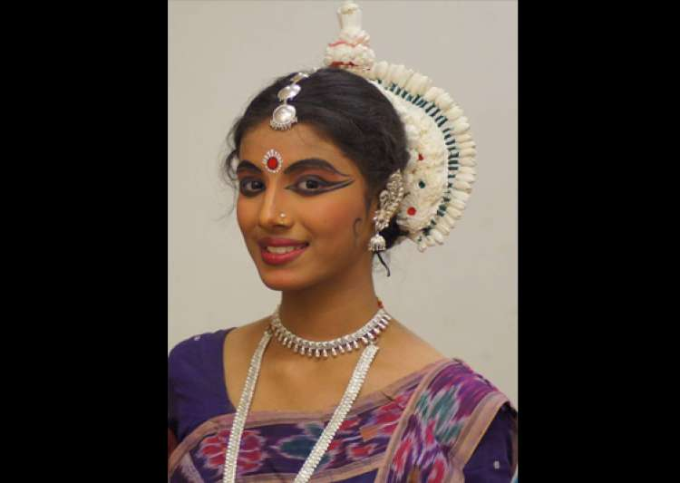 noida schoolgirl shambhawi to perform at konark dance- India Tv