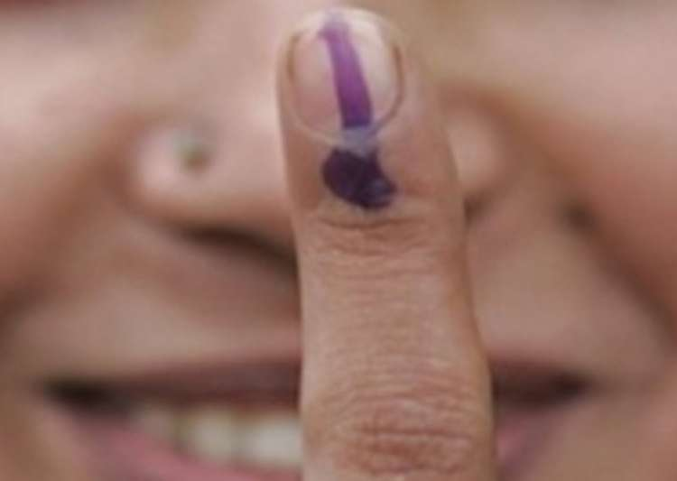 turnout 55 58 per cent voting peaceful in delhi mcd polls- India Tv