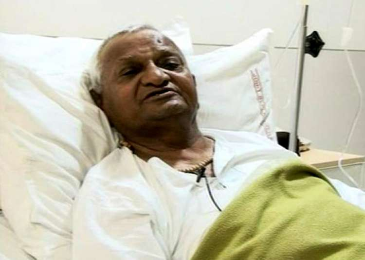 anna hazare stable in icu say doctors- India Tv