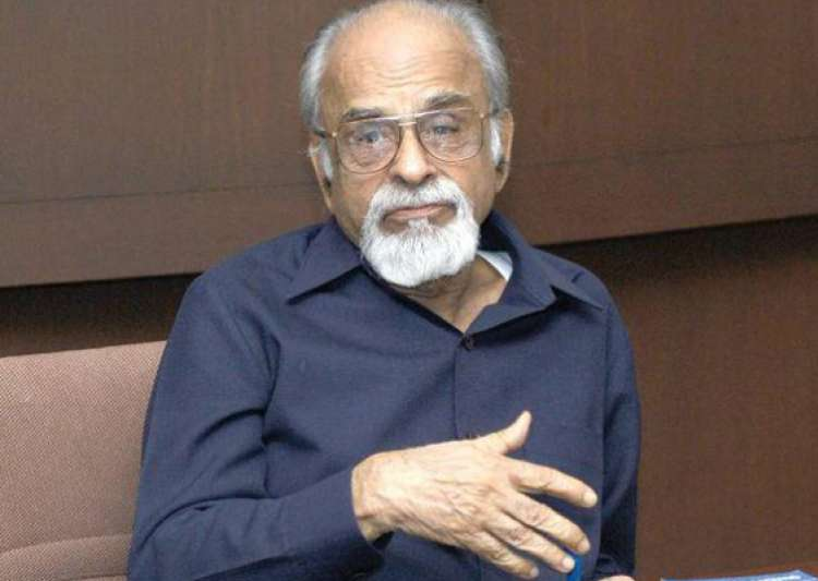 former pm i k gujral passes away