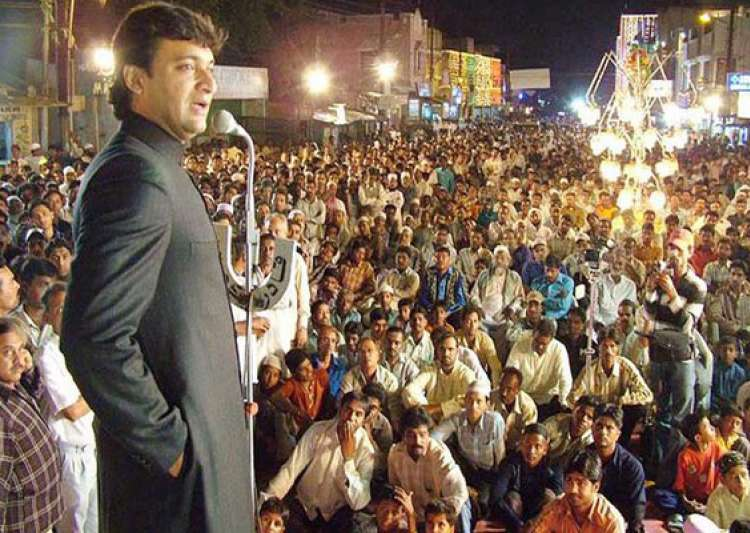 know akbaruddin owaisi his controversial speeches and his party mim- India Tv