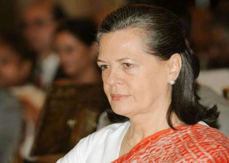 sonia expresses sorrow over hyderabad blasts- India Tv