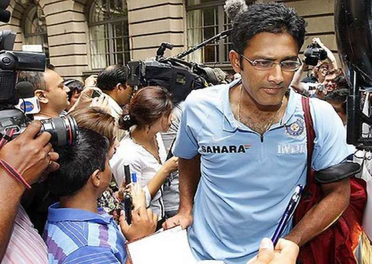 bcci and kumble at loggerheads over resignation- India Tv