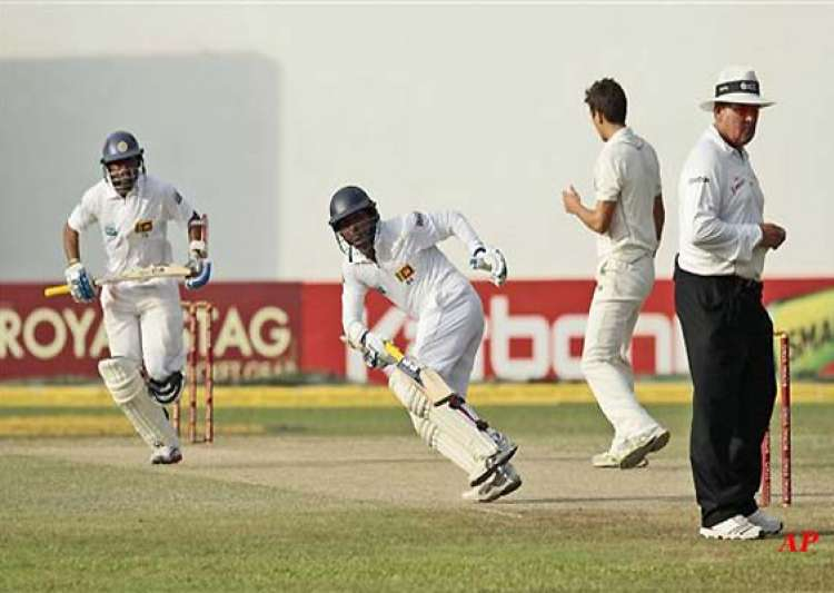 dilshan scores a ton for sri lanka in tour match- India Tv