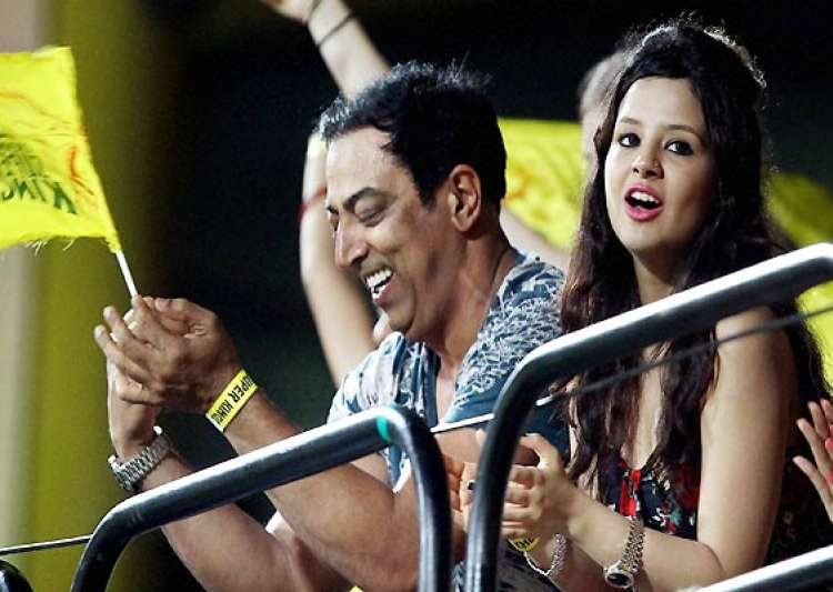 ipl6 spot fixing dhoni s wife sakshi may not be questioned for now police- India Tv