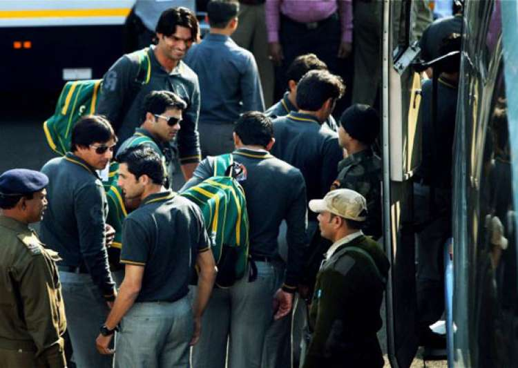 india pakistan teams arrive in kolkata- India Tv