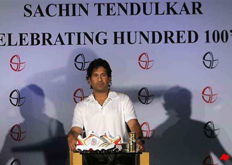 john wright told me i could get hundred 100s says tendulkar- India Tv