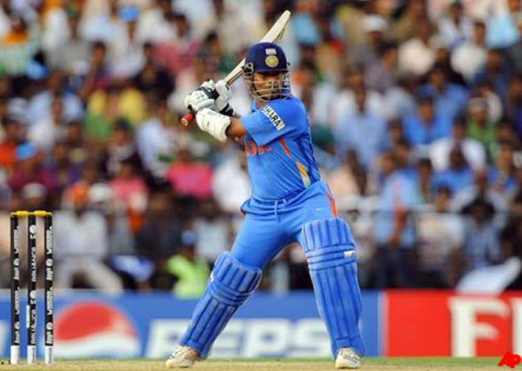 near impossible for anybody to reach sachin s landmark says gilchrist- India Tv