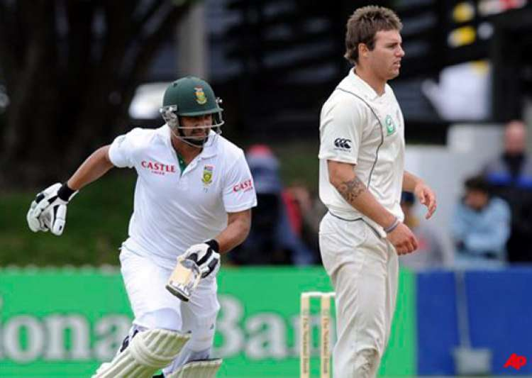 south africa 246 2 at stumps on day 2 3rd test- India Tv