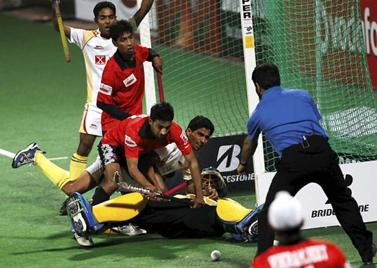 karnataka beat delhi to climb up in wsh standings- India Tv