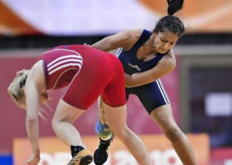 geeta wins gold in asian qualifying event books london berth- India Tv