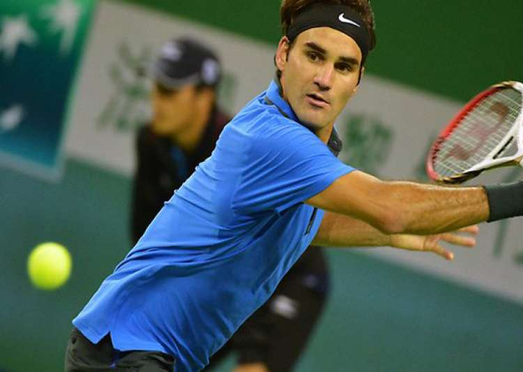 federer survives scare to enter shanghai quarters- India Tv