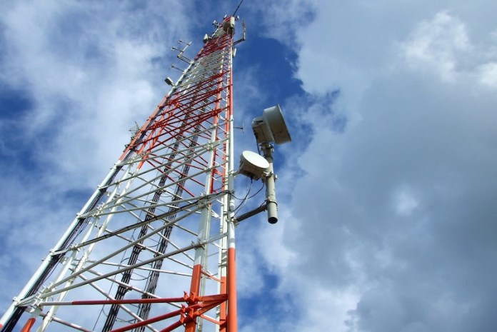 Telcos slapped over Rs 10 crore for violating radiation