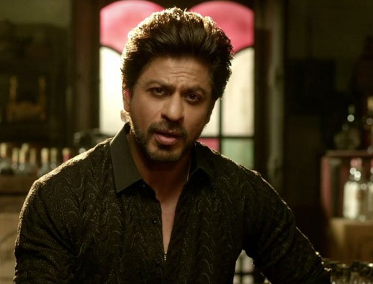 SRK gives glimpse of Raees Alam