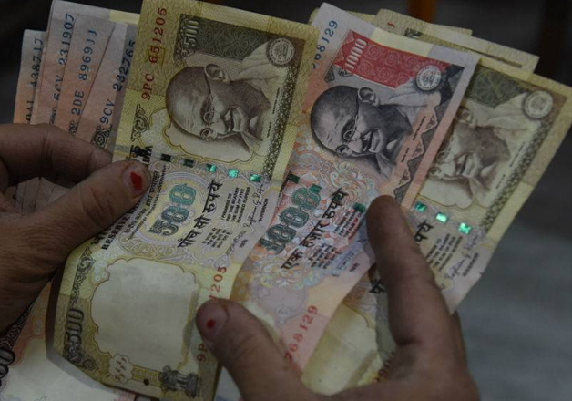 File pic - Old Rs 500 and Rs 1,000 notes