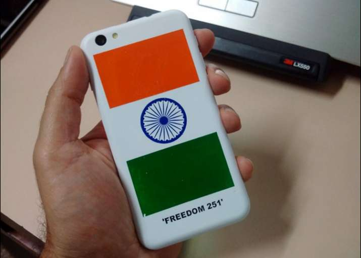 Freedom 251, cheque bounce