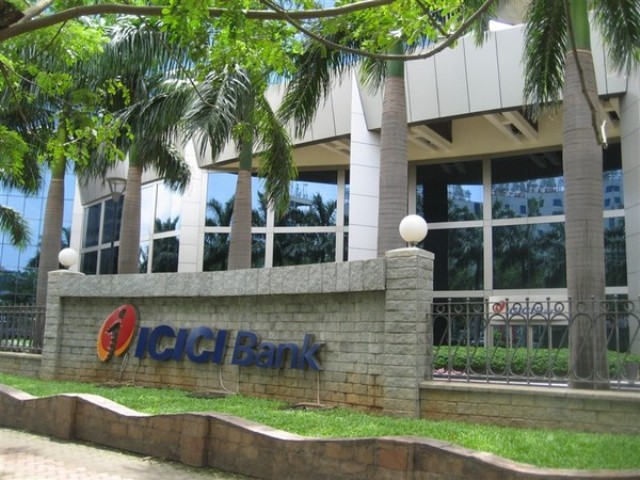 ICICI Bank profit takes 16.7 pc hit, down at Rs 2,611 cr