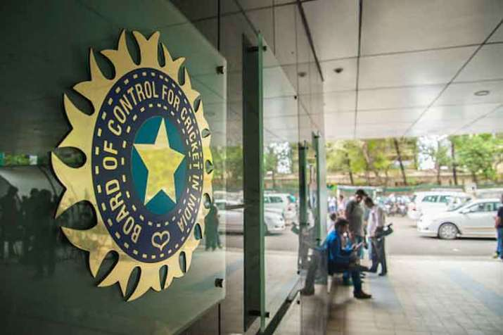 BCCI moves SC against its order of sending three