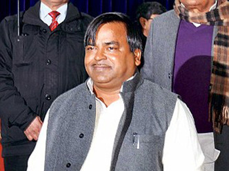 UP police searches Gayatri Prajapati's residence in Lucknow