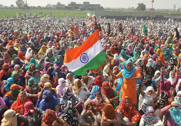 Huge number of women join the Jat agitation at Jasia