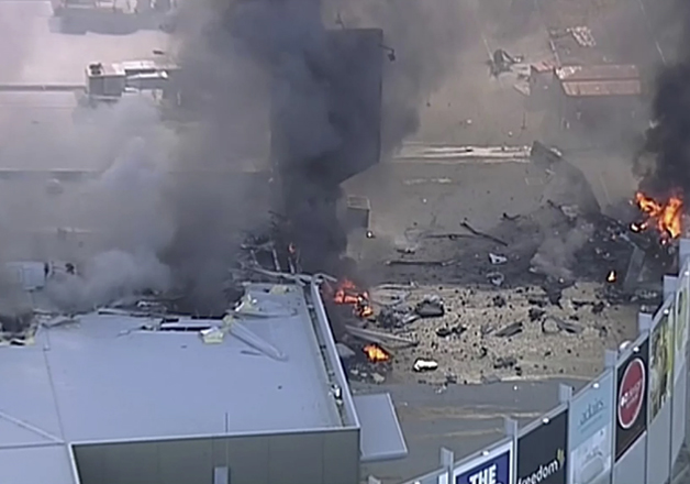 Pic taken moments after plane crash at Essendon airport
