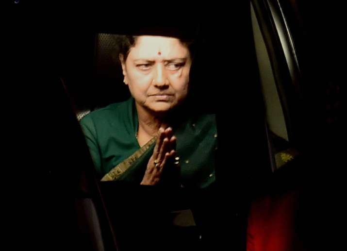 Sasikala makes first appearance after conviction in DA case