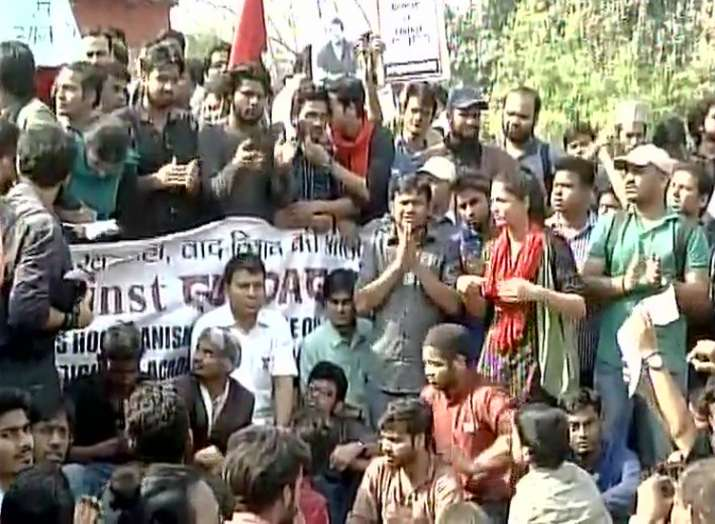 Students march to 'save DU' from ABVP, 'reclaim' space to