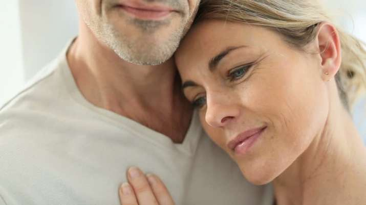 India Tv - These 7 expert tips can prevent your relationship dying a slow death