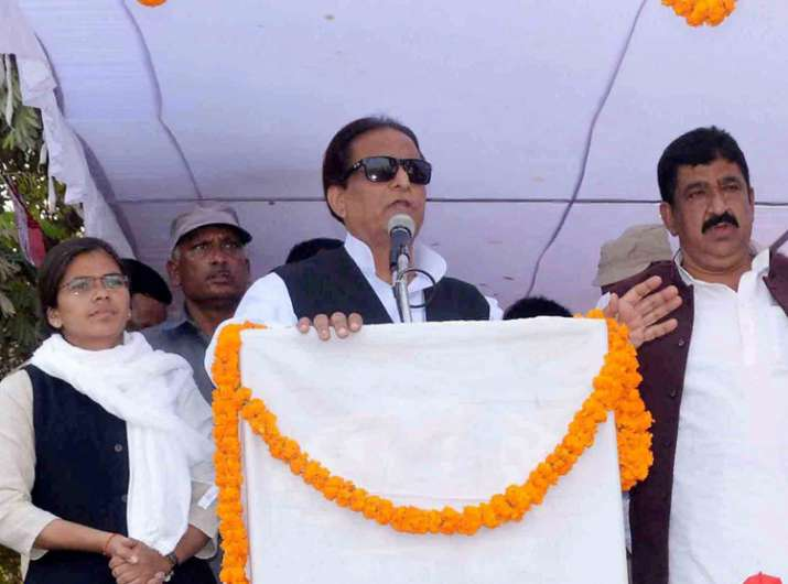 SC directs Azam Khan to appear before Allahabad HC tomorrow