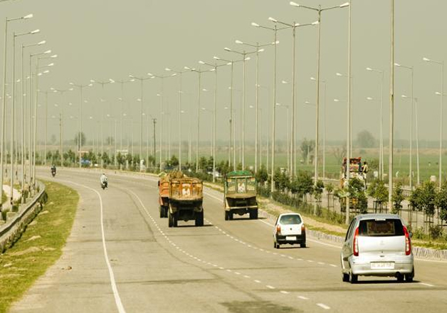 Govt approves six-laning of Handia-Varanasi section of NH-2