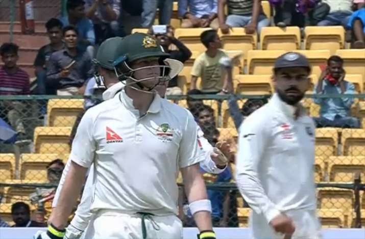 Steve Smith sought help from dressing room for DRS call